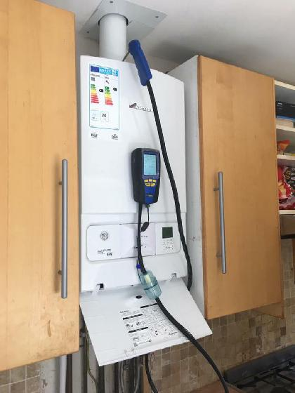 COMBINATION GAS BOILER INSTALLATION AND SERVICE RUGBY